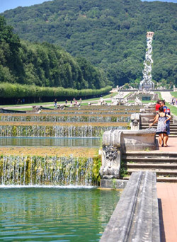 Montecassino and Caserta tour - Detail of the garden of the Reggia di Caserta