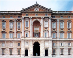 Naples and Pompeii tour - Facade of the Royal Palace of Caserta by Vanvitelli